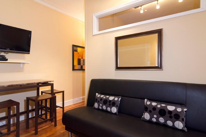 1 bedroom 1 bath apartment for rent near me
