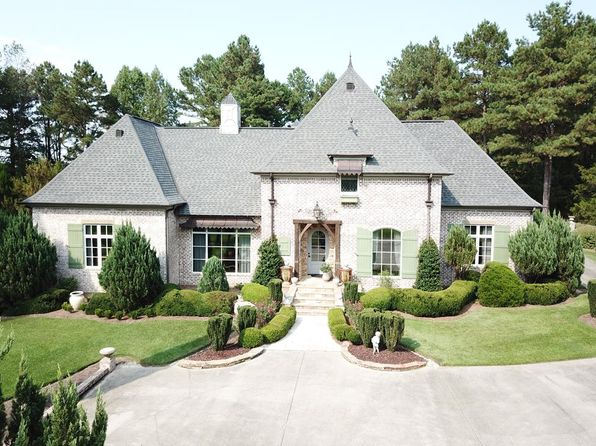 Historic District Laurel Ms Houses For Sale With Pool