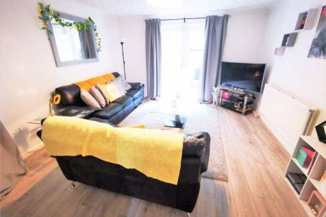 4 bed 3 bath house for rent near me